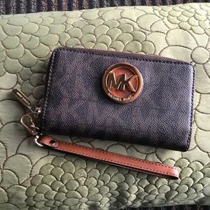 MICHAEL Michael Kors Jet Set Cell Phone Wallet